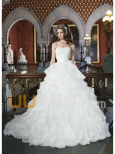 ball kjole kjæreste kapell tog tyll organza brudekjole